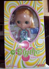 My Fruit Punch Blythe Doll should get here today!!